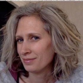 Olivia TIBERGHIEN directrice de l'école Montessori du Pays Viennois